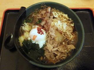 蕎麦たつ@泉岳寺(20)肉そば480ほうれん草100.JPG